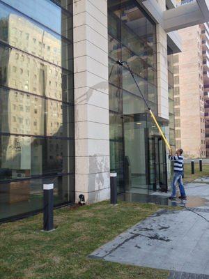 ניקיון חלונות משרדים